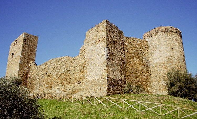 Scarlino, der antike Leuchtturm -