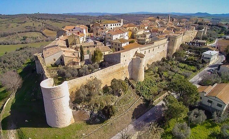 Magliano in der Toskana ❤️ - Magliano in der Toskana, die kleine Stadt der Olivenbäume und Weinberge